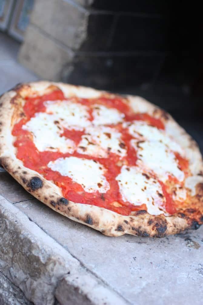 Making Italian Pizza | ForTheFeast.com #pizza