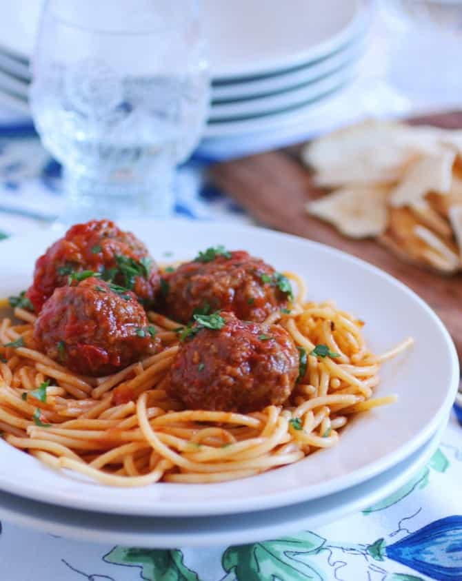 Meatballs And Spaghetti Recipe — Dishmaps