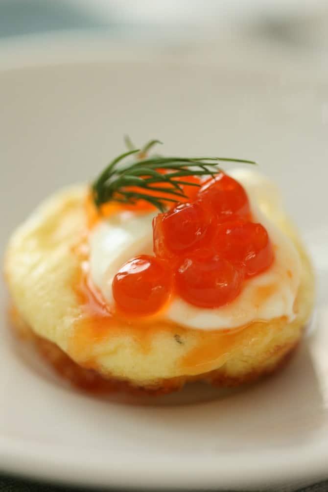Salmon Caviar and Egg Cracker