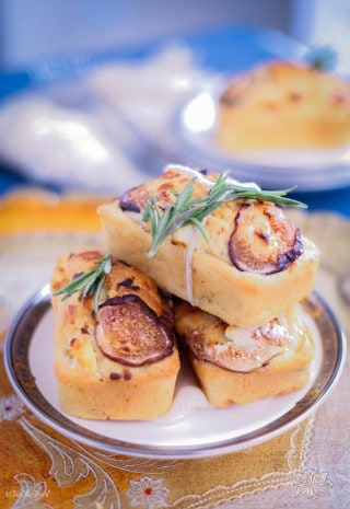 Fig and Goat Cheese Bread | ForTheFeast.com #bread #appetizer #figs