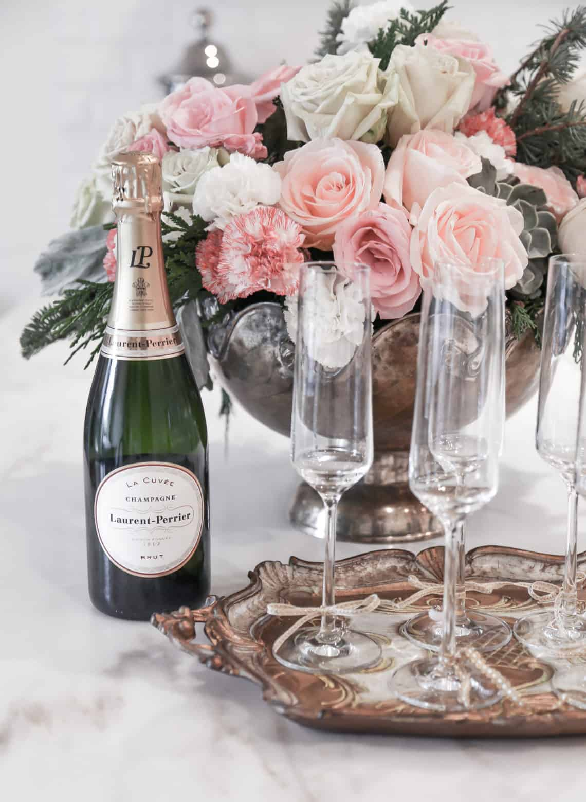 A Guide to Champagnes #champagnes #forthefeast